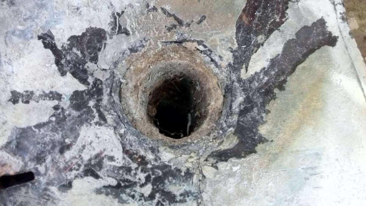 Odpadové potrubie pred krtkovaním